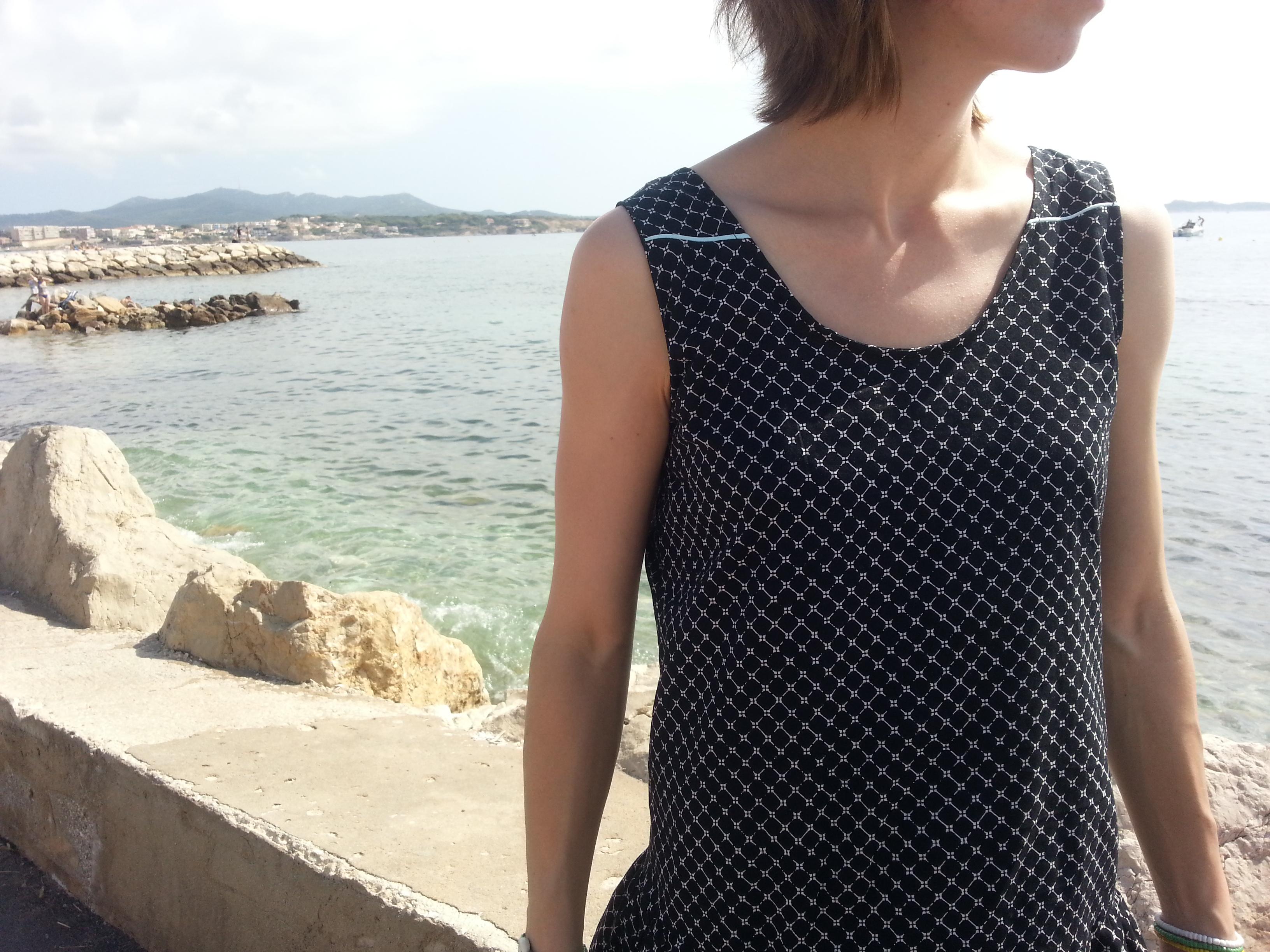Lucie en bord de mer